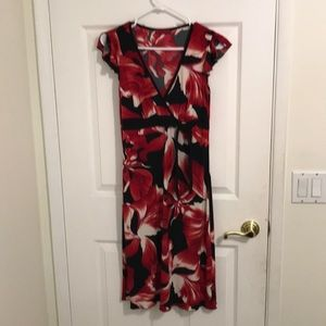 Speechless juniors dress M red/black floral